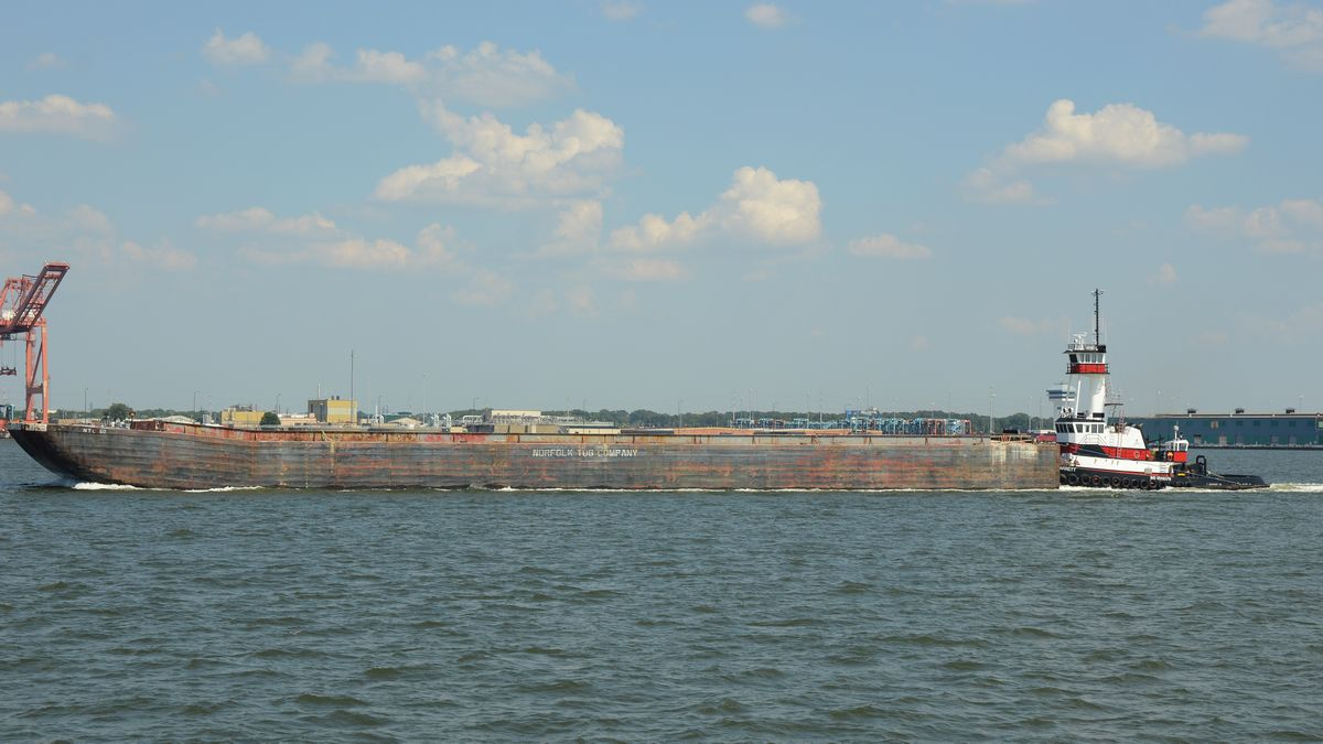 Rod's Shipping Photos: US Tour 2017, Naval Station Norfolk